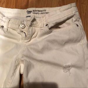 GAP Coupe Boyfriend Fit Jeans White Size 4